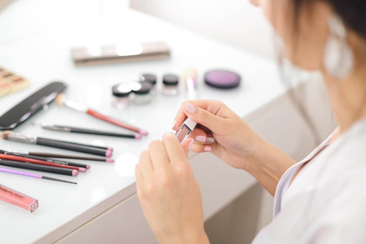 Codzienny makijaż w kilku krokach